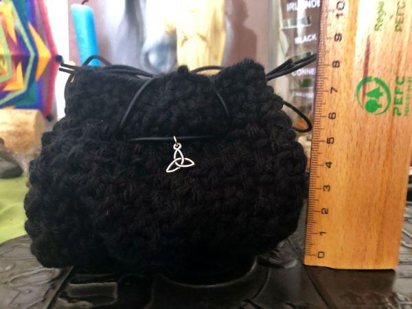 Pochon tricoté acrylique noire ©Sentulia