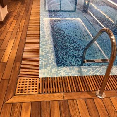 Переливная решетка для бассейна