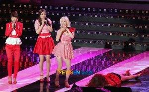 20120516_seoulbeats_sistar_soyu_faceplant