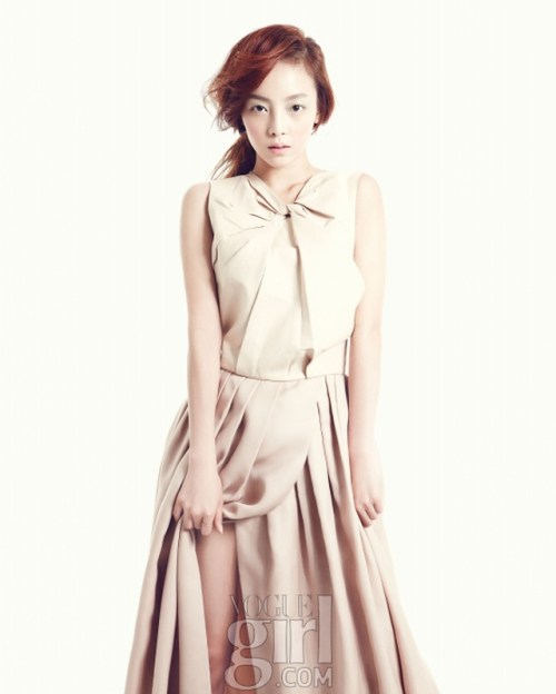 20130303_seoulbeats_kara_hara_vogue_girl
