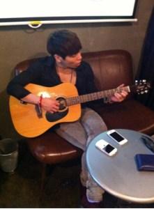 20140824_seoulbeats_shinee_jonghyun_jamming