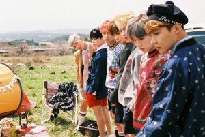 051516_seoulbeats_bts_group_day2