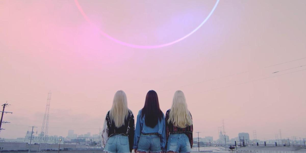 Loona Expand Universe With Girl Front and Loona 2/3 Subunit