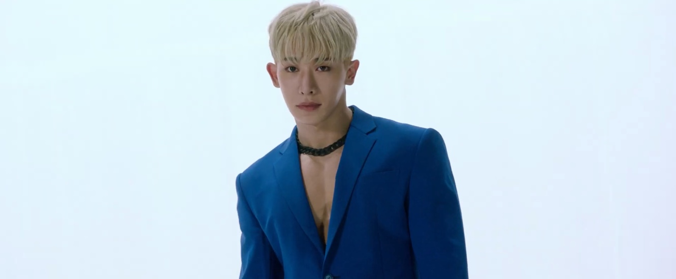 """Wonho Releases A Riveting Teaser Of His Title Track """"Open Mind"""""""
