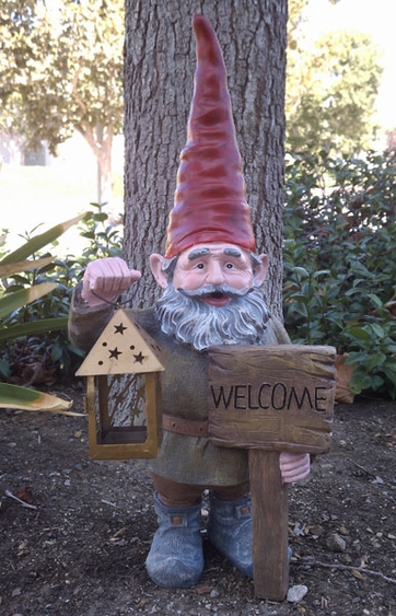 Gnome Statue W Welcome Sign Only 69 99 At Garden Fun