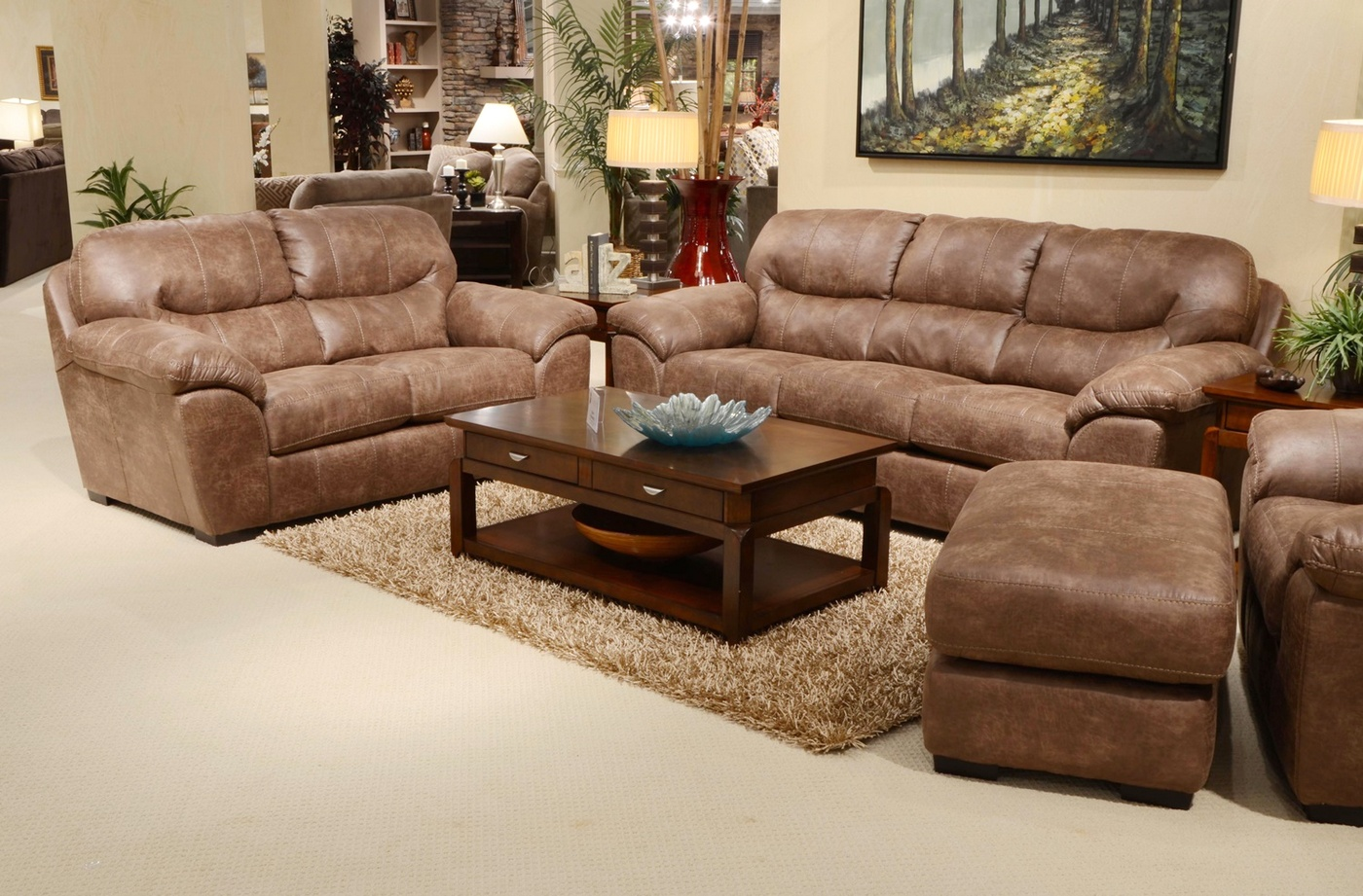 4453 Grant Stilt Brown Sofa And Loveseat In Bonded Leather