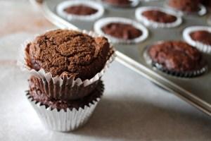 paleo banana chocolate muffins