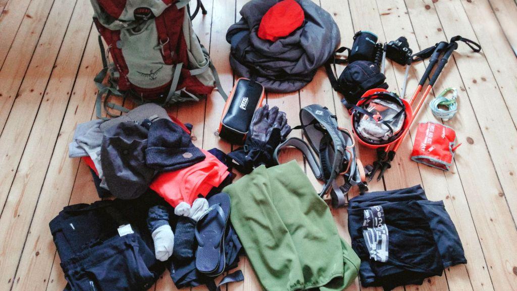 Packliste Wandern Huettentouren