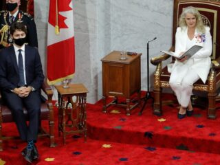 面对重重挑战 加拿大转向绿色经济