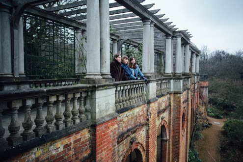 Hampstead pergola photography | Hill Garden portraits | September Pictures
