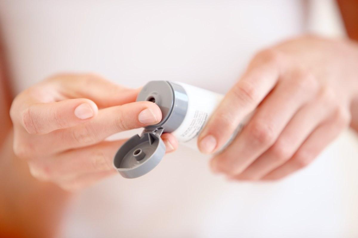 Ce produse si proceduri cosmetice sunt interzise in alaptare