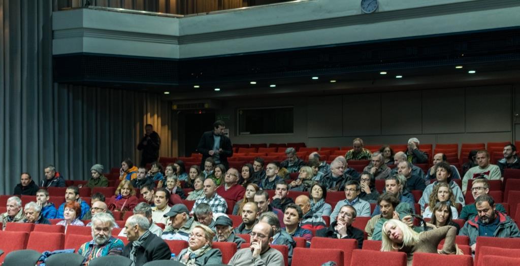 """За новия български филм """"Донбаска пролет"""" или как зрителите победиха цензурата"""