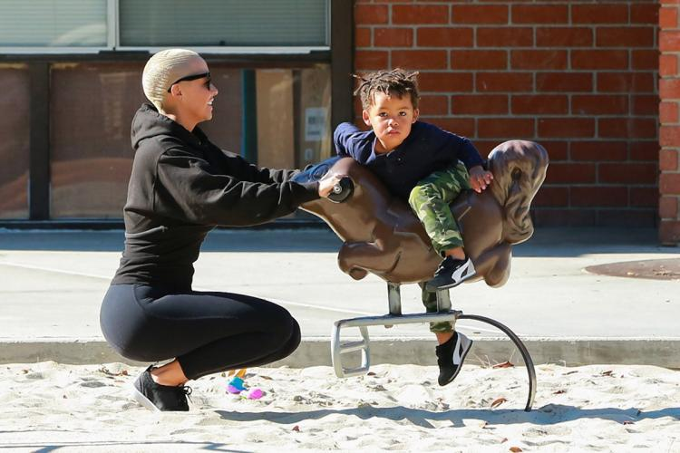 'I Twerk For My Son All The Time' -Amber Rose