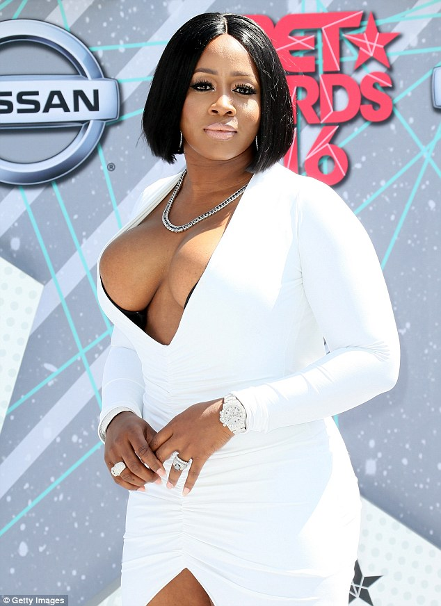 Photo News: Female Rapper, Remy Ma Wants You To Know She's Got Big B00bs