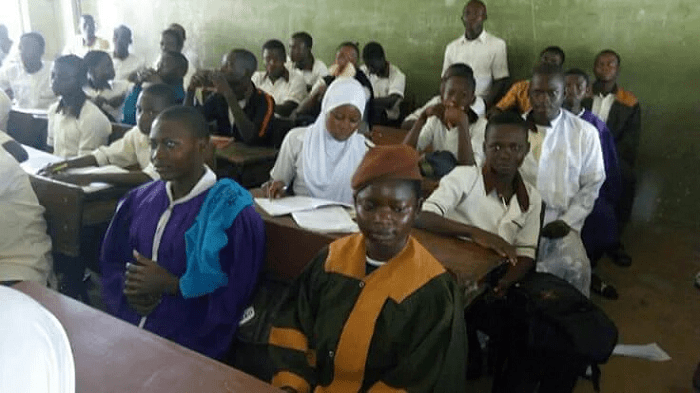 PHOTOS: Osun State Students Wear Religious Robe To School
