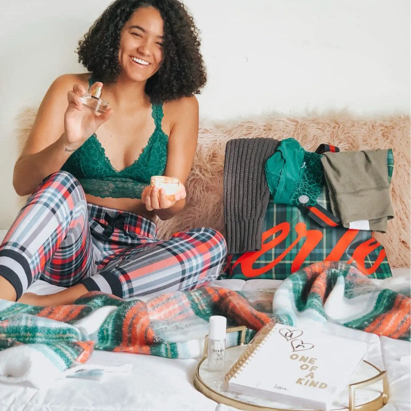 Aerie Holiday Gift Guide (PLUS: Stocking Stuffers)