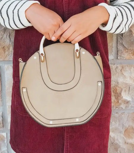 saddle-bag-how-to-style-a-corduroy-overall-dress