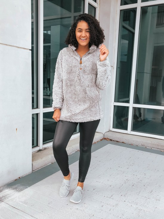 sherpa-pullover-twenty-winter-outfit-ideas