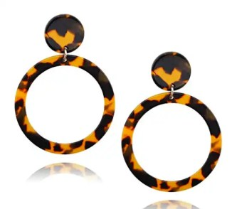 tortoiseshell-hoop-earrings-perfect-for-the-holidays