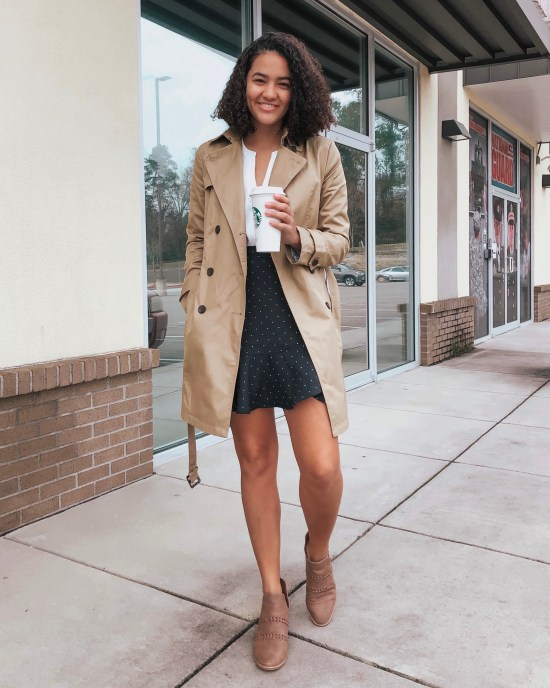 trench-coat-polka-dot-skirt-twenty-winter-outfit-ideas