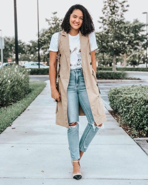 Mom Jeans, Trench Vest, Black and Beige Block Heels, Graphic Tee