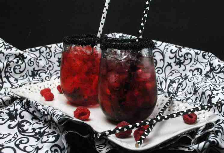 Queen of hearts cocktail 5