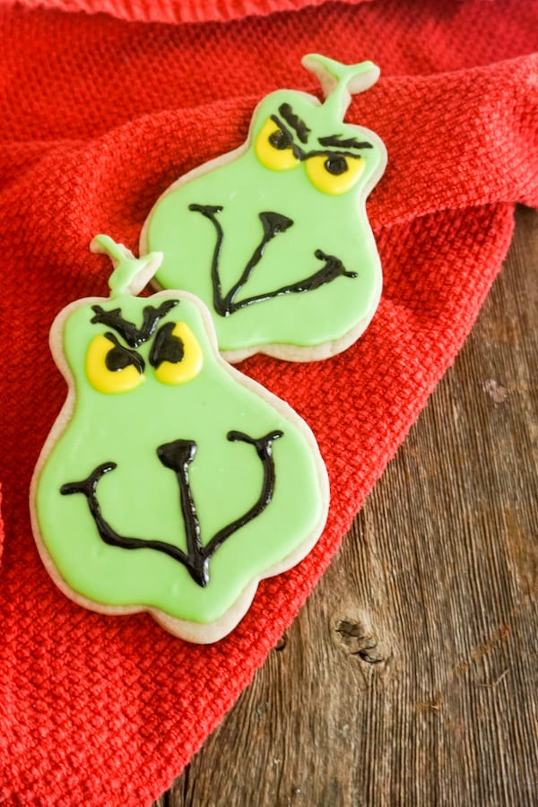 Easy Grinch Cookies - Grinch Christmas Cookies