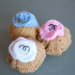 Wedding ring cup cakes