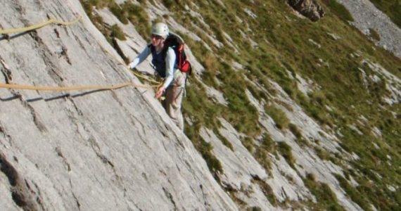 escalada Fresnidiello Picos de Europa 2 SERAC COMPAÑÍA DE GUÍAS