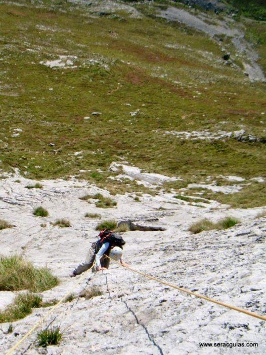 escalada Fresnidiello Picos de Europa 4 SERAC COMPAÑÍA DE GUÍAS