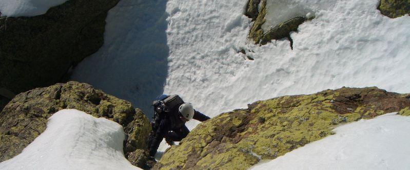 Curso de Iniciacion al Alpinismo SERAC COMPAÑÍA DE GUÍAS