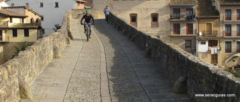 Camino Santiago Frances bici 1 SERAC COMPAÑÍA DE GUÍAS