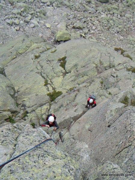 escalada Morezon Circo de Gredos 5 SERAC COMPAÑÍA DE GUÍAS