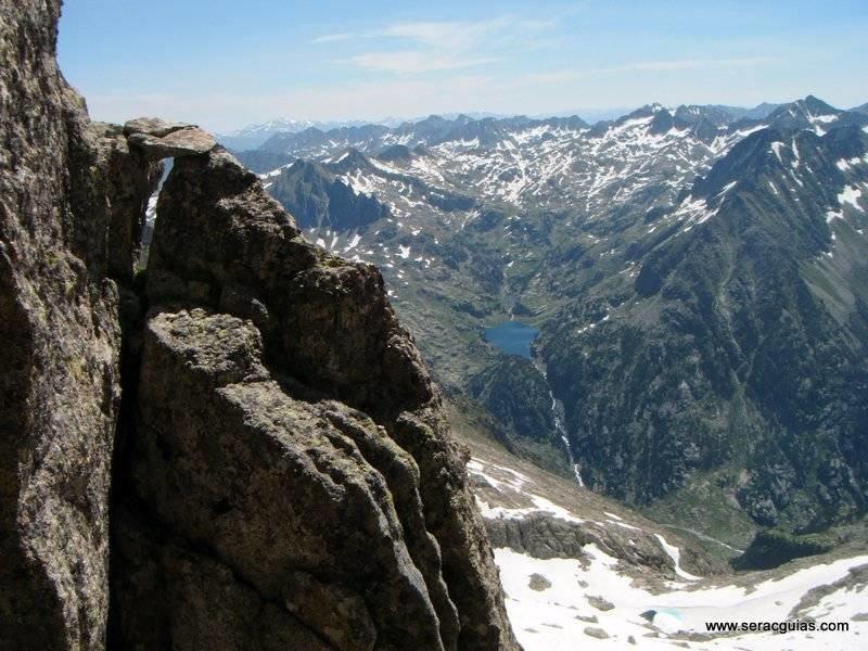 Cresta Besiberri Pirineo 3 SERAC COMPAÑÍA DE GUÍAS