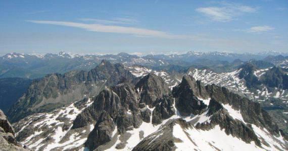 Cresta Besiberri Pirineo 7 SERAC COMPAÑÍA DE GUÍAS
