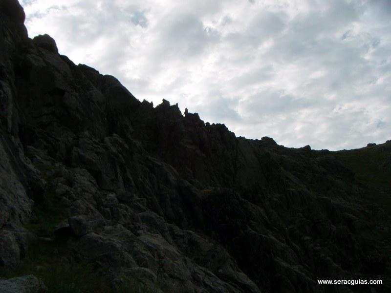 escalada Villarejo Gredos 1 SERAC COMPAÑÍA DE GUÍAS