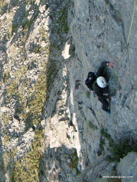 escalada Villarejo Gredos 6 SERAC COMPAÑÍA DE GUÍAS