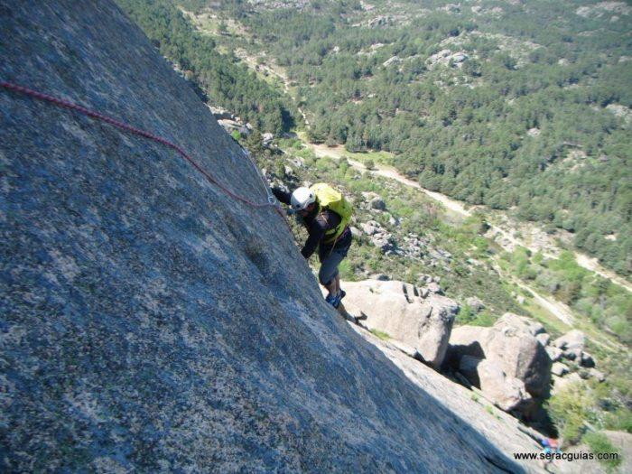 escaladas clasicas pedriza guadarrama 1 SERAC COMPAÑÍA DE GUÍAS