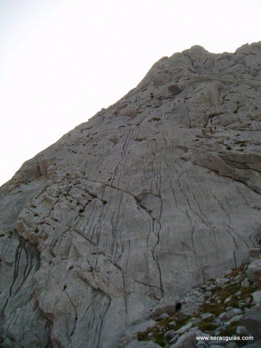 Picos de Europa diferentes 15 SERAC COMPAÑÍA DE GUÍAS