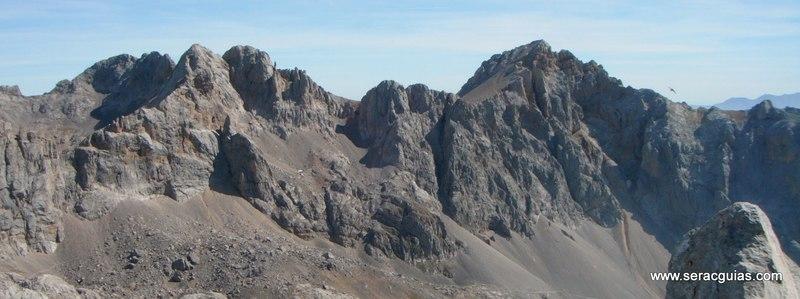 escalada arista cresta picos de europa 1 SERAC COMPAÑÍA DE GUÍAS