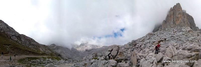 escalada arista cresta picos de europa 13 SERAC COMPAÑÍA DE GUÍAS