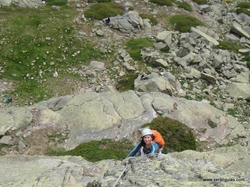 escalada 1 Peñalara Sierra de Guadarrama Madrid SERAC COMPAÑÍA DE GUÍAS