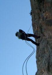 foto rapel escalada alpinismo SERAC COMPAÑÍA DE GUÍAS
