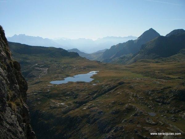 Ibones Anayet Valle Tena Pirineo SERAC COMPAÑÍA DE GUÍAS