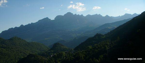 Sierra Partacua Telera Valle Tena Pirineo SERAC COMPAÑÍA DE GUÍAS