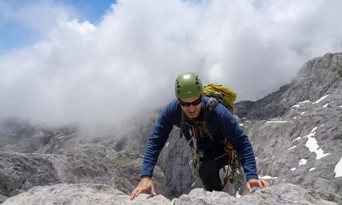 escalada Martingada San Carlos Picos de Europa 4 SERAC COMPAÑÍA DE GUÍAS