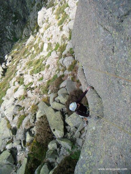 escalada Gilette Berroqueras Galayos Gredos 1 SERAC COMPAÑÍA DE GUÍAS