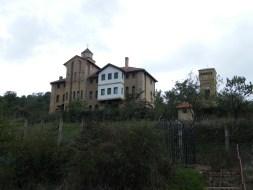 Манастир Средиште