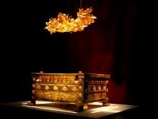 Круна Филипа Македонског и златни ларнакс са посмртним остацима