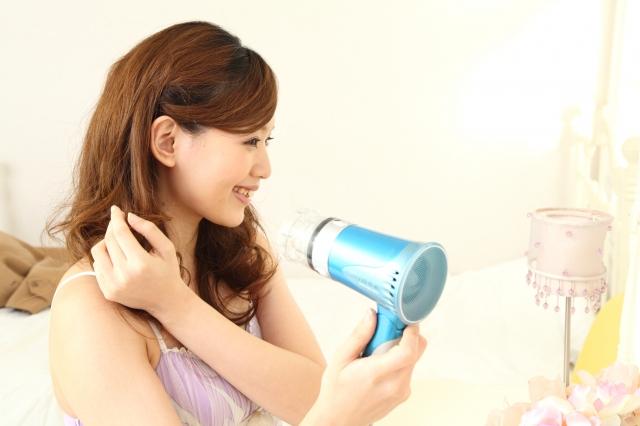 早く髪を乾かす方法